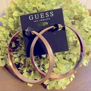 NEW 🔥 Guess Large Rose Gold Tone Hoop Earrings
